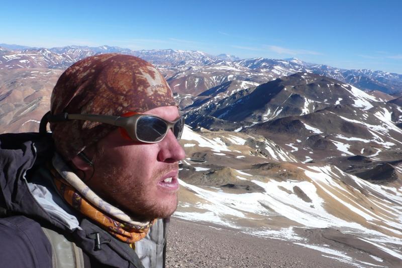Maximo Kausch en la cumbre del Tórtolas (6.163 m)