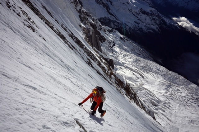Ueli Steck en la cara sur del Annapurna.