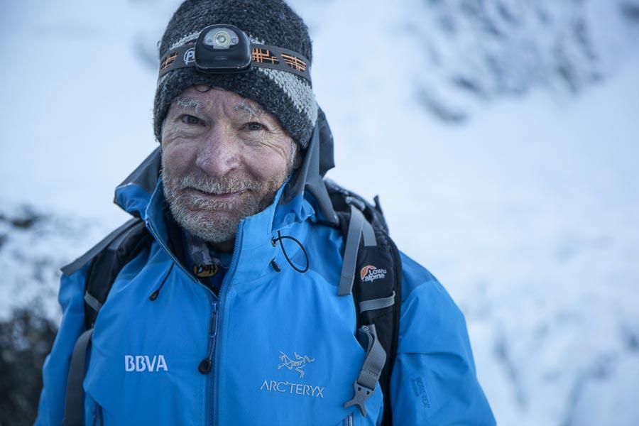 Carlos Soria en el momento de salir el pasado día 13 mayo del campo base hacia la cima del Kangchenjunga que alcanzó el 18 a las 9 de la mañana.