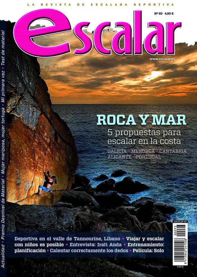 Portada de la revista Escalar nº 93. Agosto / Septiembre 2014. Roca y Mar. [WEB]