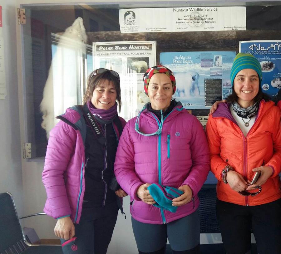Verónica Romero, Chus Lago y Rocío García en la isla de Baffin. 2017